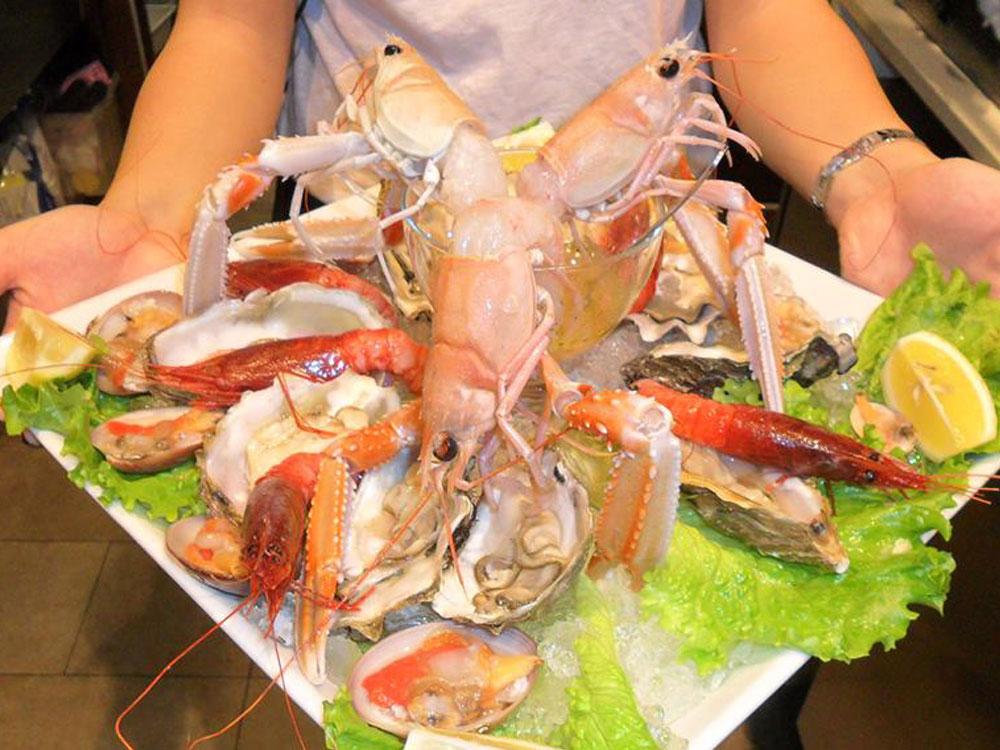 Pranzo Di Compleanno A Base Di Pesce : Just gusto lab legnano ristorante pesce apertitivi brunch